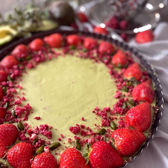 Náhľad receptu Ďatlovo - avokádový raw koláčik