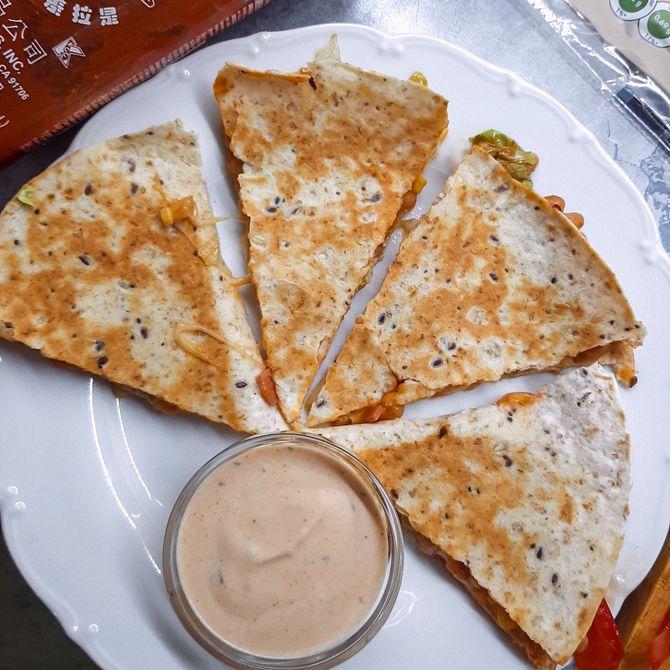 Náhľad receptu Quesadilla s americkým dressingom
